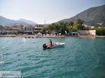 Speedbootje aan strand Nidri (Nydri) - Lefkas (Lefkada) - Foto van De Griekse Gids